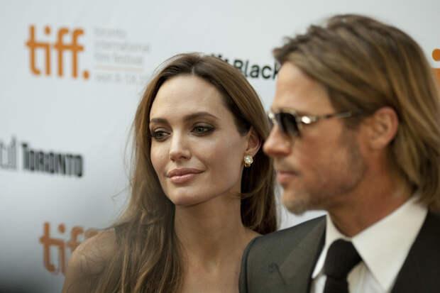 Брэд Питт подал новый иск против Анджелины Джоли