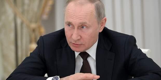 Путин похвалил врачей больницы в Коммунарке
