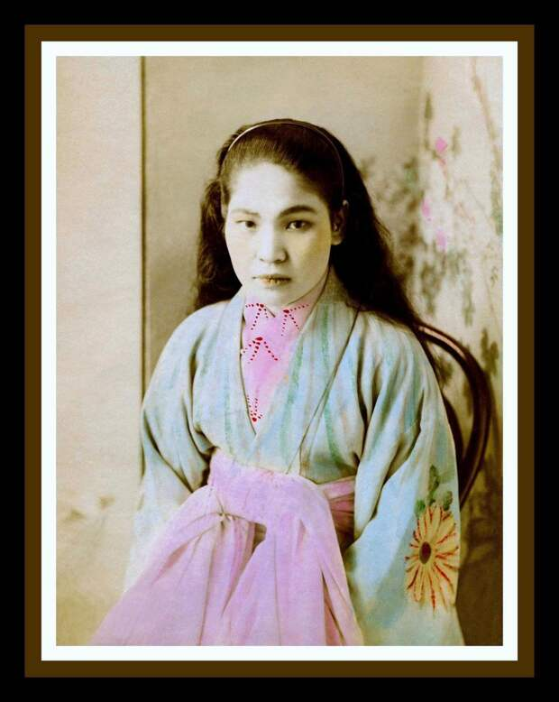 1899. Фотография проститутки из фотоальбома борделя