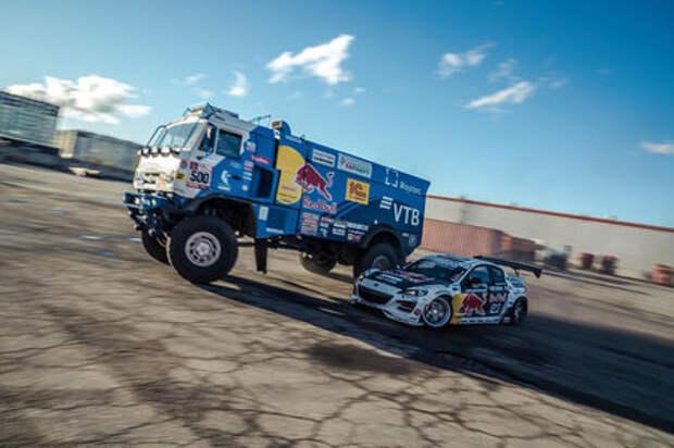 Гоночные КАМАЗ и Mazda RX-8 сошлись в парном дрифте