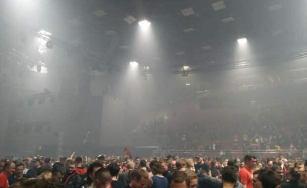 Немецкие ученые придумали, как снизить распространение COVID-19 на концертах