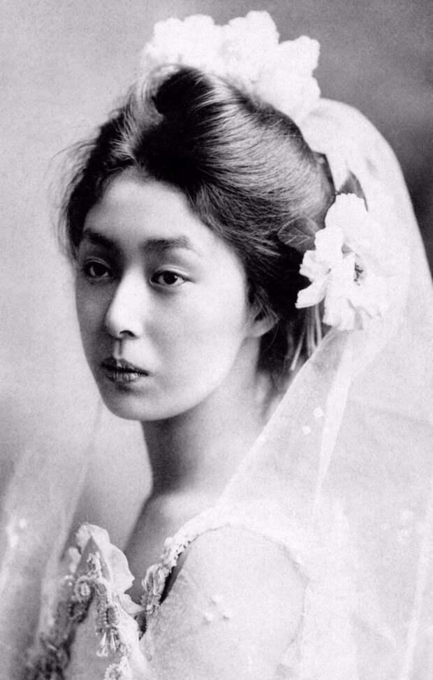 Студийные портреты молодых гейш 1900-х годов