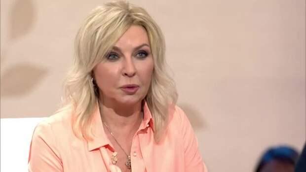 Татьяна Овсиенко удивила поклонников внешними изменениями, явившись в телешоу