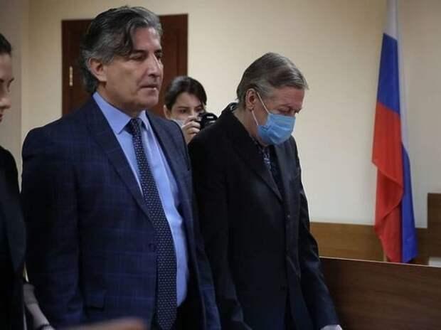 Лишение Пашаева статуса адвоката оказалось что слону дробина