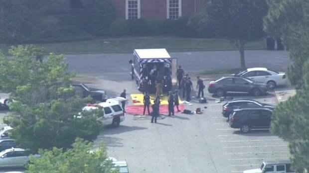 В штате Вирджиния в США в субботу произошла стрельба, жертвами которой стали 12 человек