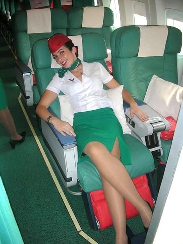 Самые порочные стюардессы на просторах интернета.