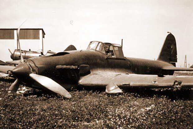 Ил-2 4-го ШАП, переданный 1 июля 1941 года в 285-е САМ и оставленный на аэродроме Старый Быхов - Тяжелый дебют «летающего танка»   Военно-исторический портал Warspot.ru