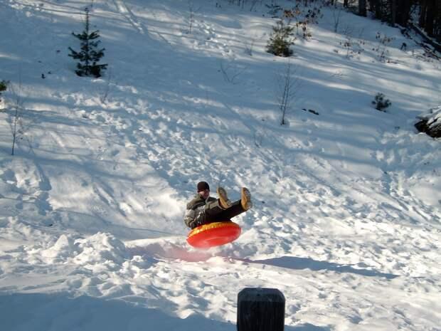 В МЧС рассказали, где во время снегопада чаще травмируются крымчане