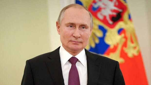 Путин поблагодарил россиян за слаженную борьбу с коронавирусом