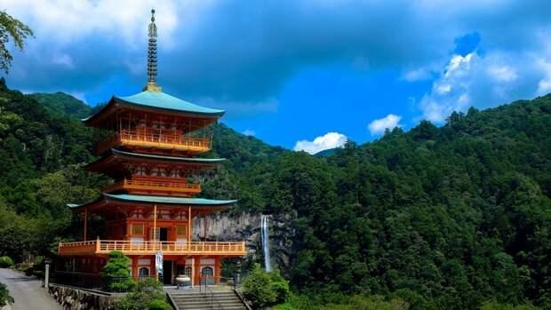 Япония хочет «создать атмосферу» для подписания мирного договора с Россией