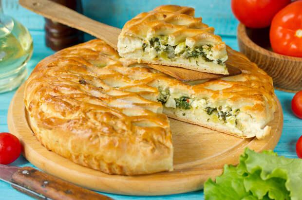 Пирог со щавелем и сыром