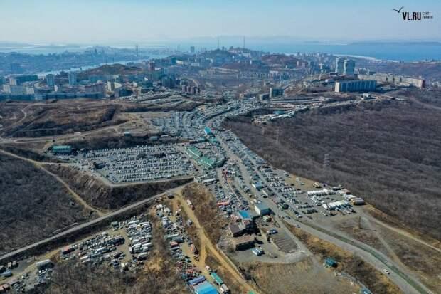 """""""Зеленый угол"""" - самый крупный авторынок во Владивостоке"""