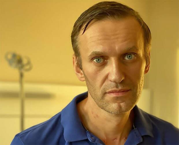 Навальный обвиняет Путина.