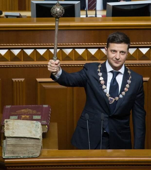 Партия Зеленского представила программу по «очистке и обновлению» власти
