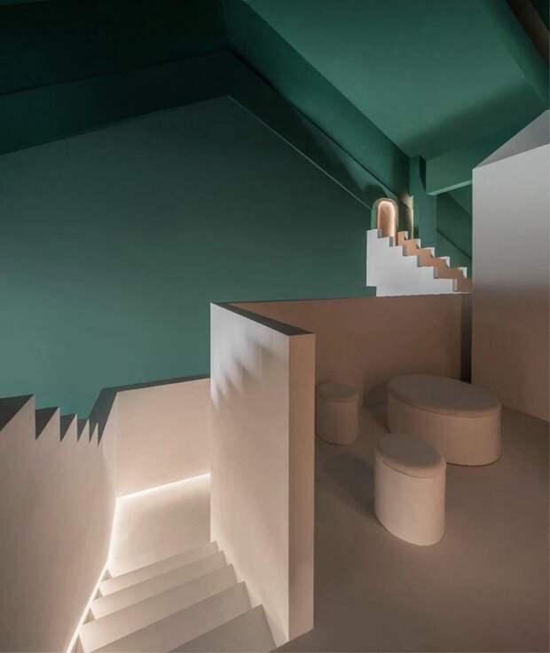 7 фото отеля с оптическими иллюзиями, который был создан по картинам Маурица Эшера