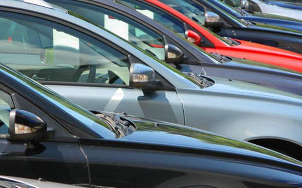 Официал или серый дилер: у кого лучше купить машину?