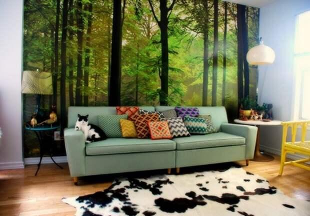 фотообои за диваном