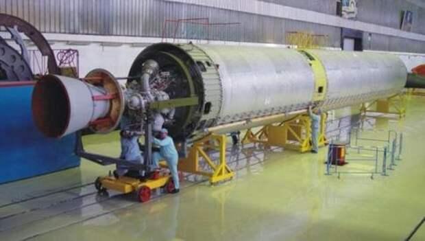 Универсальный ракетный модуль УРМ-1 ракеты-носителя (РН)
