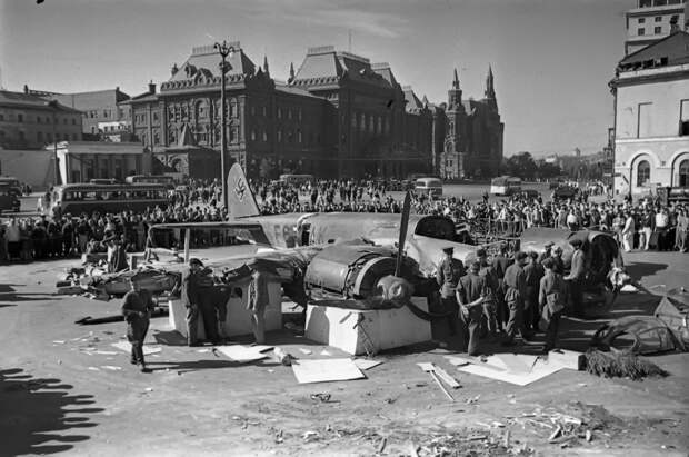 Департамент ГОЧСиПБ отмечает 80-ю годовщину отражения первого налёта фашистской авиации на Москву