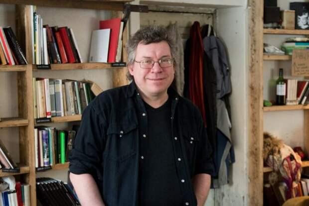 День рождения червячка: всети обсуждают очередной литературный шедевр изЭстонии