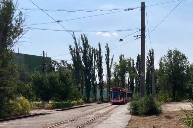 С горем пополам: в Волгограде после реконструкции снова запустили скоростной трамвай