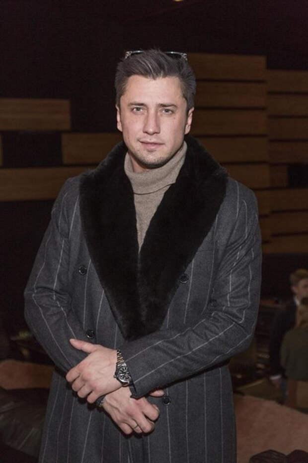 Павел Прилучный впервые официально вышел в свет с Мирославой Карпович