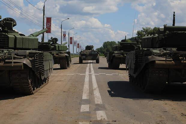 Для Парада Победы в Нижний Новгород доставили танк Т-34