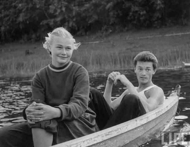 Как проводили свободное время советские мужчины, когда собирались вместе