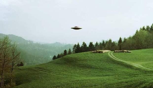 Американец заснял НЛО, после чего уверовал в инопланетян