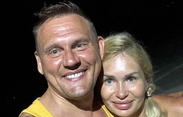 У беременной невесты Степана Меньщикова родился внук