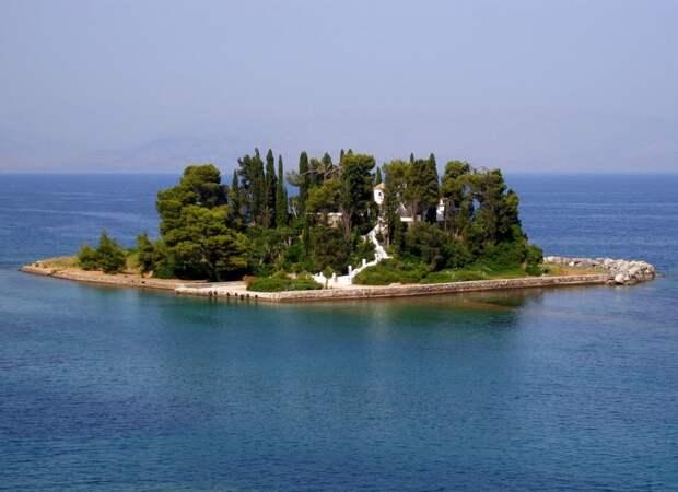 Остров Понтикониси, Керкира, Греция