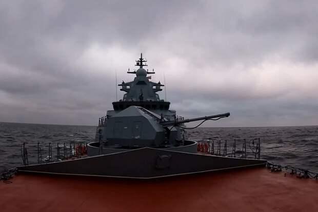 Новейший корвет РФ сбил крылатую ракету из пушки