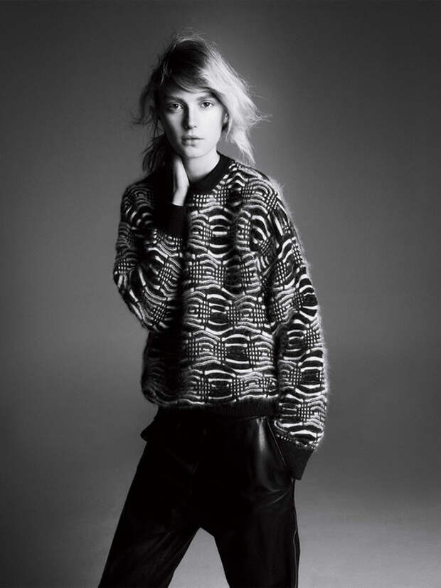 Мужской свитер станет для вас идеальным воплощением моды на одежду оверсайз