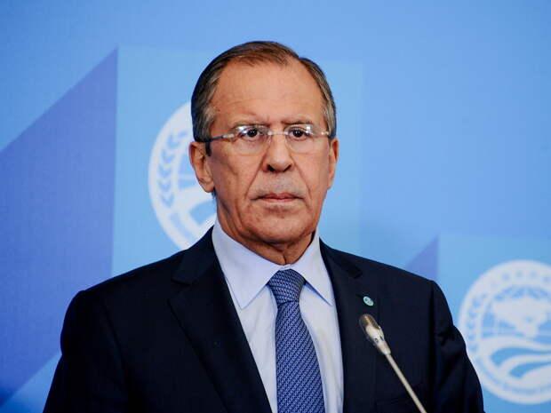 Лавров: Россия вышлет 10американских дипломатов и запретит въезд 8 высшим чинам США