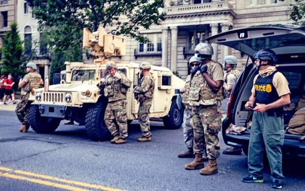 По какому сценарию может начаться «Гражданская война-2» в США