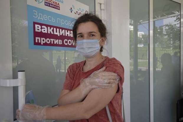 Вирусолог рассказал, когда можно вакцинироваться после COVID-19