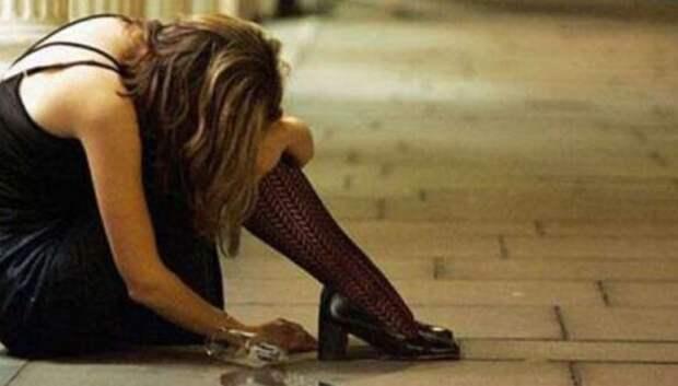 Британка 30 лет справляла нужду на улице, пока не попала подсуд