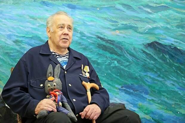 Писатель Владислав Крапивин из Екатеринбурга перенес операцию на ноге