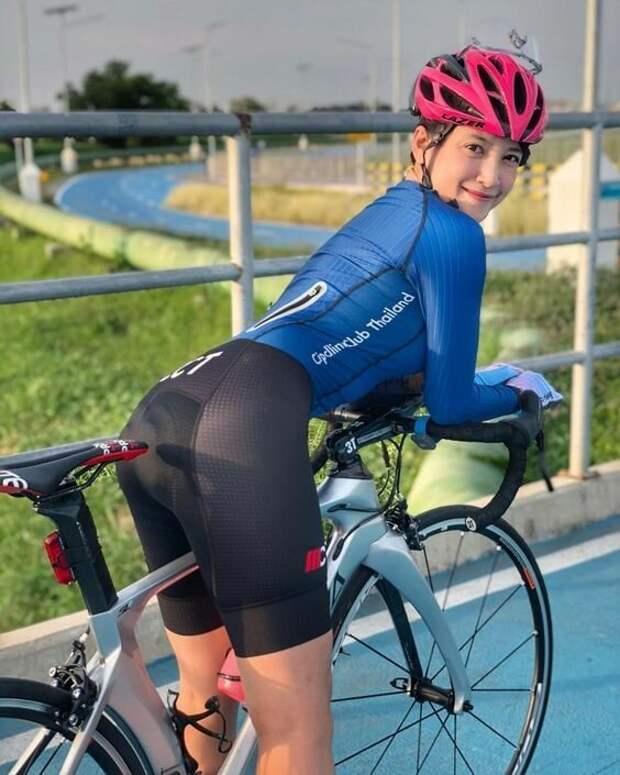 Вот почему надо строить много велодорожек в каждом городе велосипедистки, девушки, интересное, красота, спорт