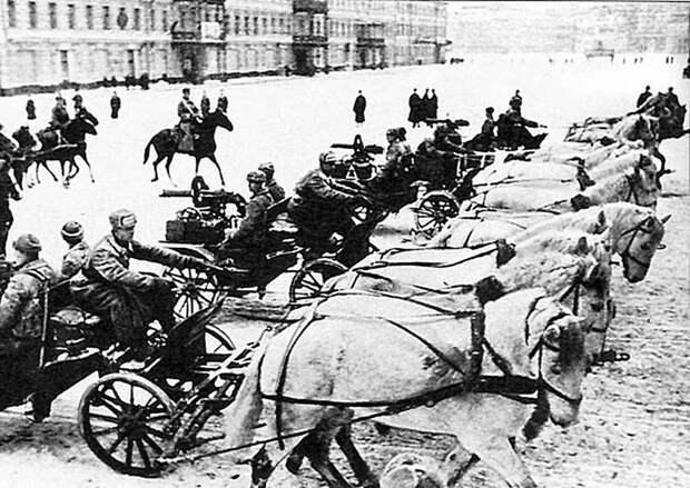 Пулеметные тачанки на Военном параде 7 ноября 1941 года Велика Отечественная война, История Родины, СССР