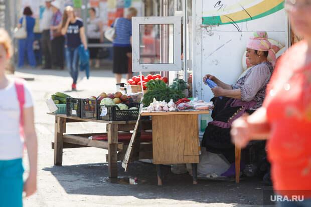 Кушать надо: Экономисты допустили переход 3 млн россиян на низкооплачиваемую работу