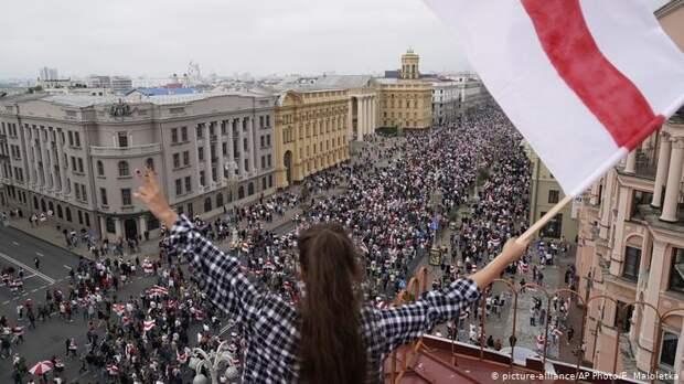 Bloomberg: компания из США признала причастность к блокировкам интернета в Беларуси