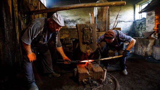 На ком держится вся Россия: Челябинский работяга высказал обидную правду диванным критикам