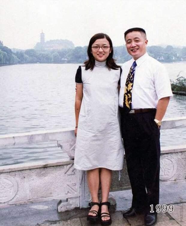 Отец и дочь 40 лет подряд фотографируются на одном месте