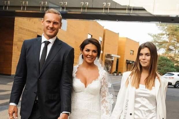Анна Седокова: После свадьбы у меня появился новый вид критиков