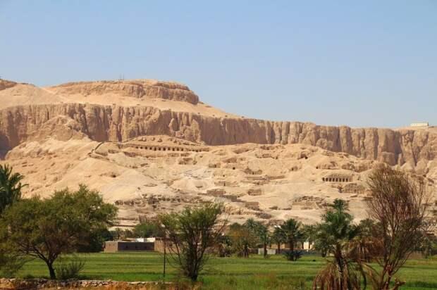 valley-of-the-kings-5006271_1280-1-1024x682 8 мест, где нельзя фотографировать