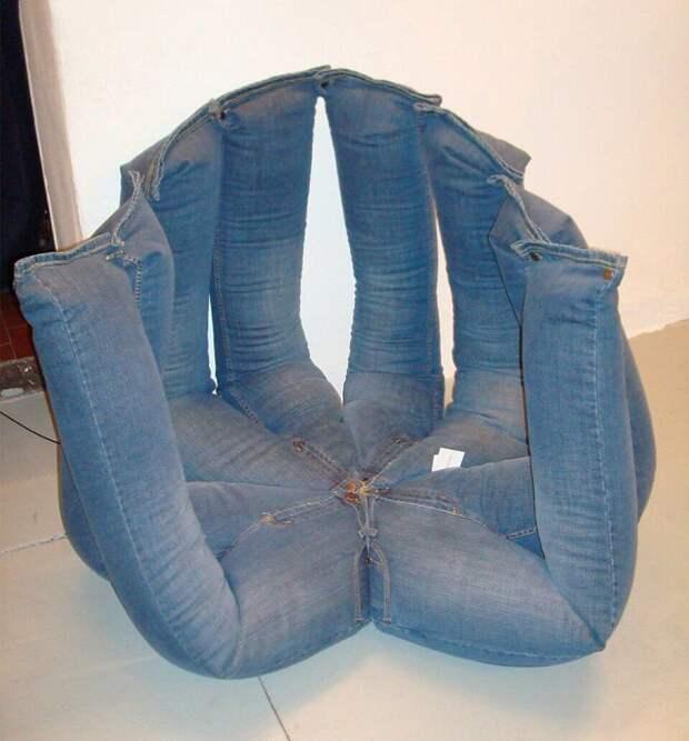 Кресло из старых джинсов. Человеческая многоджинска! идея, подборка, прикол, своими руками, юмор