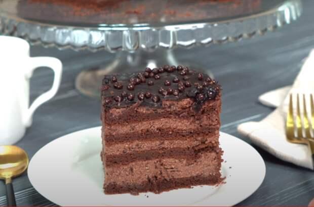 Шоколадный торт без муки, масла и сливок