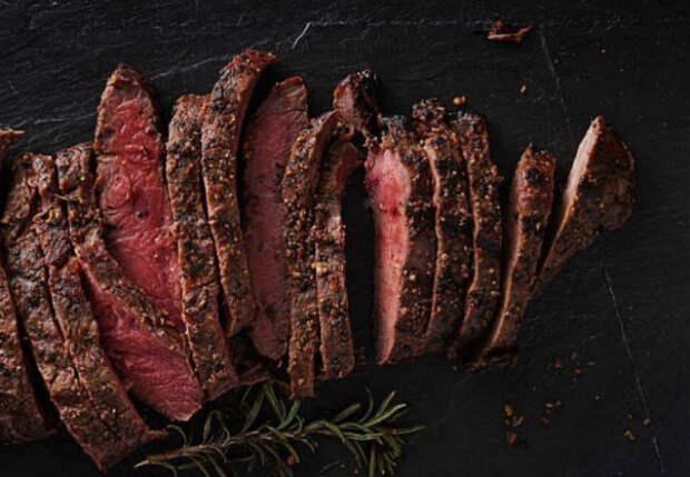 Делаем мясо мягким и сочным: лайфхак от шеф-повара