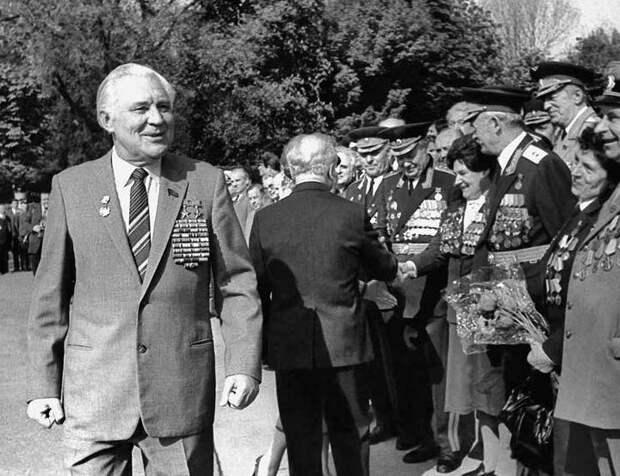 На праздновании Дня Победы 9 Мая 1985 года